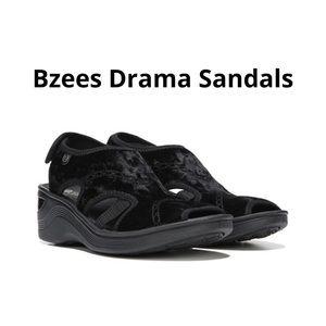 Bzees Drama Women's Sandals Size 8.5 EUC.